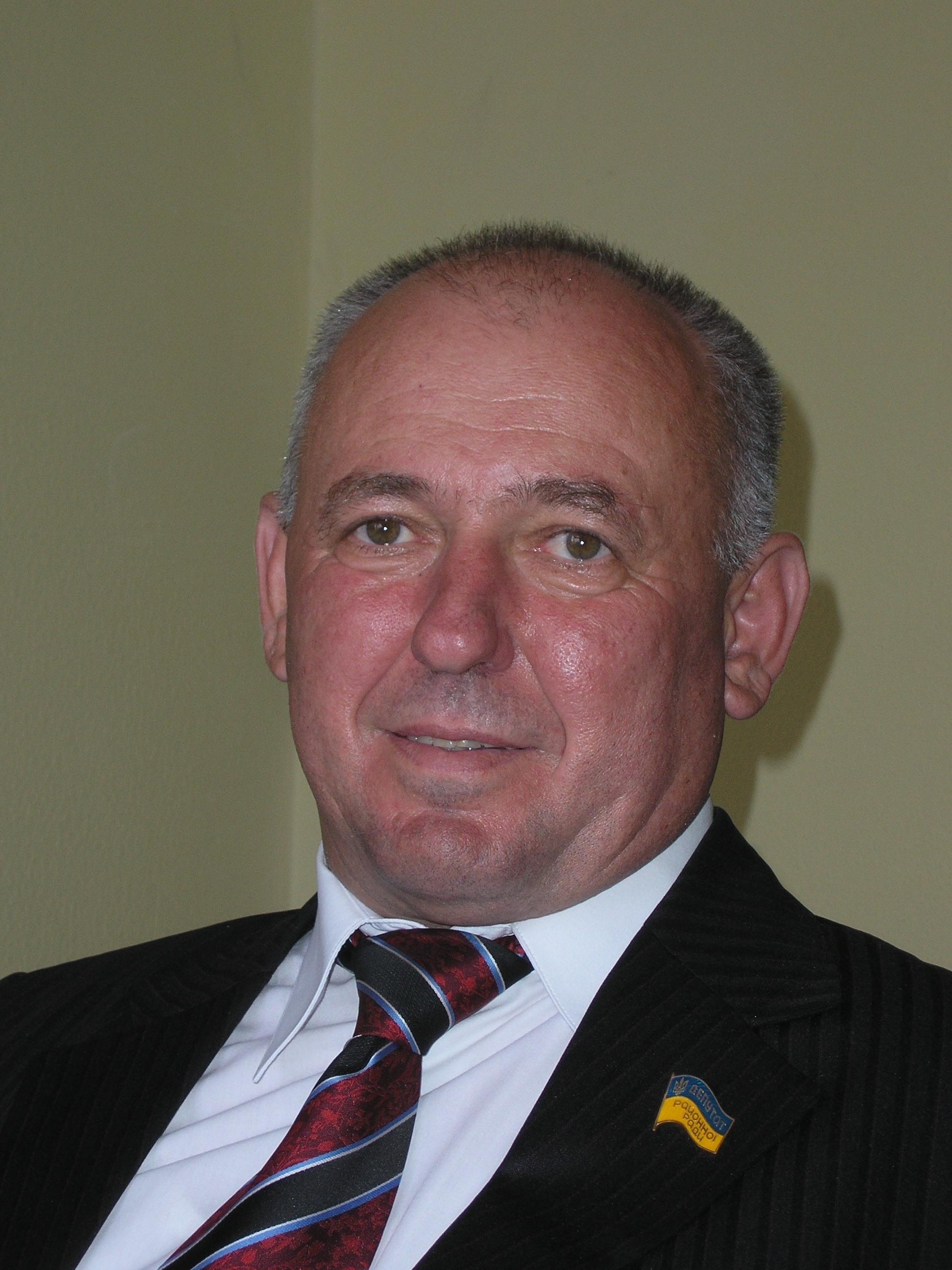Микола ШАПОВАЛОВ